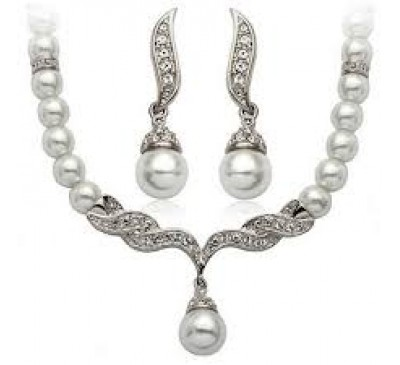 Crystal Pearl Rhinestone Included Necklace & Earrings Jewelry Set